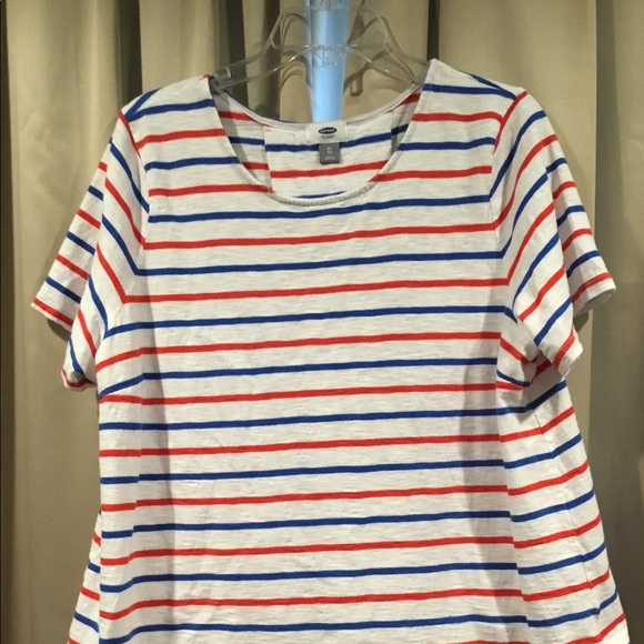 Old Navy Tops - Old Navy Tee with box pleat back detail XL